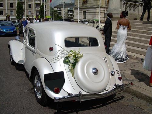 citroen traction 15 six voiture mariage ancienne 1 location voitures anciennes pour mariage. Black Bedroom Furniture Sets. Home Design Ideas
